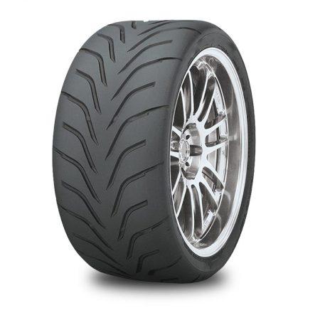 <h3>PNEUS DE CIRCUIT</h3> <p>Le pneu circuit est étudié et conçu pourla conduite à haute performance.</p>